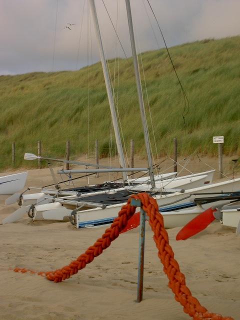 duinen en catamaran